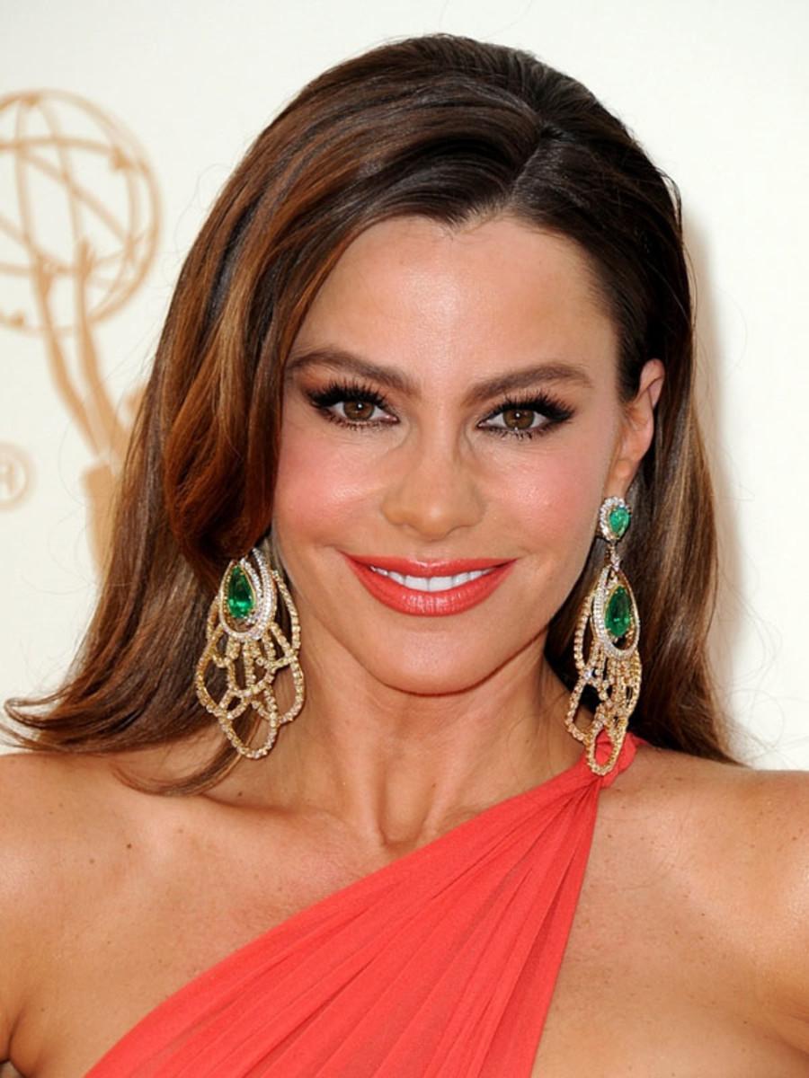 2011-Emmy-Awards-Sofia-Vergara