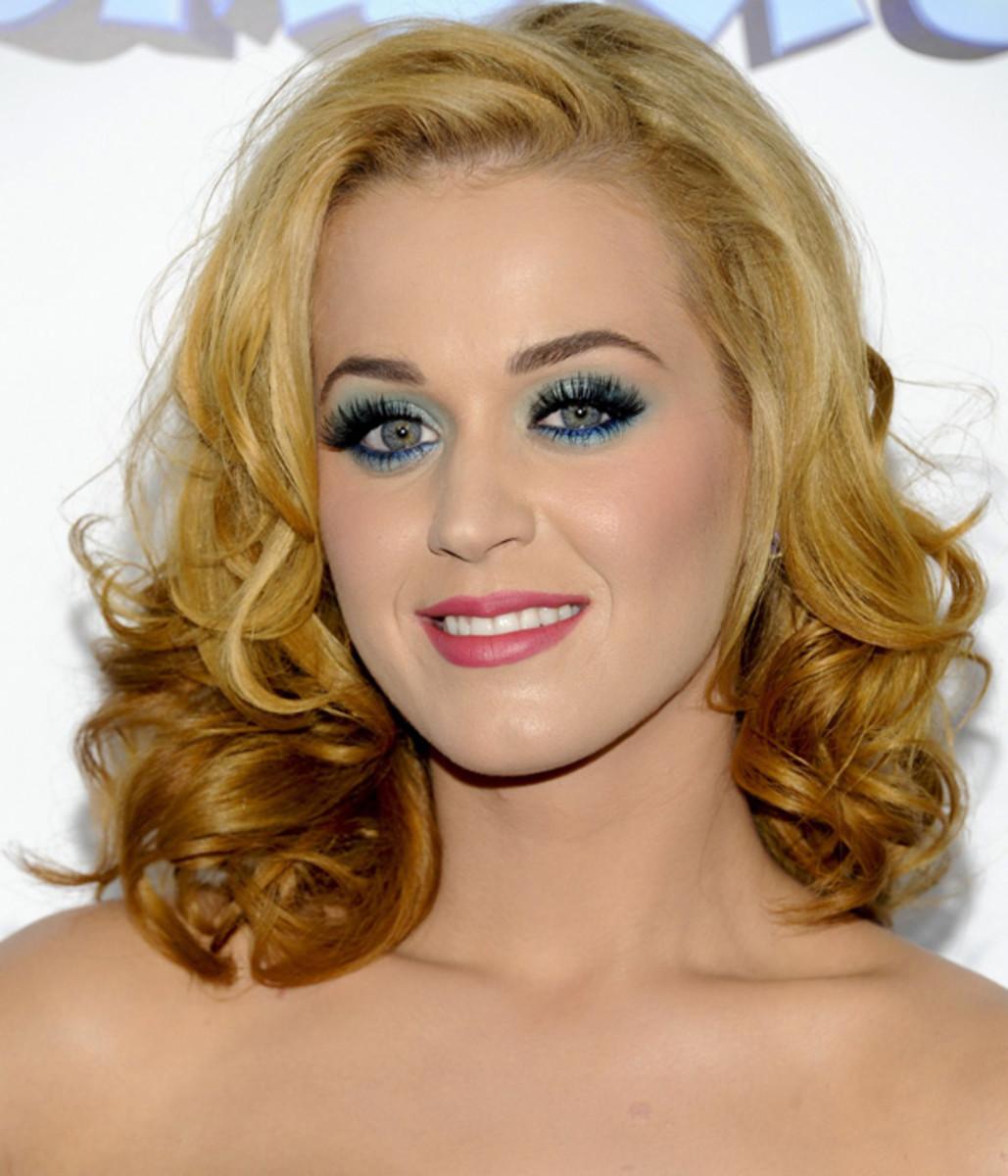 Katy-Perry-Smurfs-premiere-2011