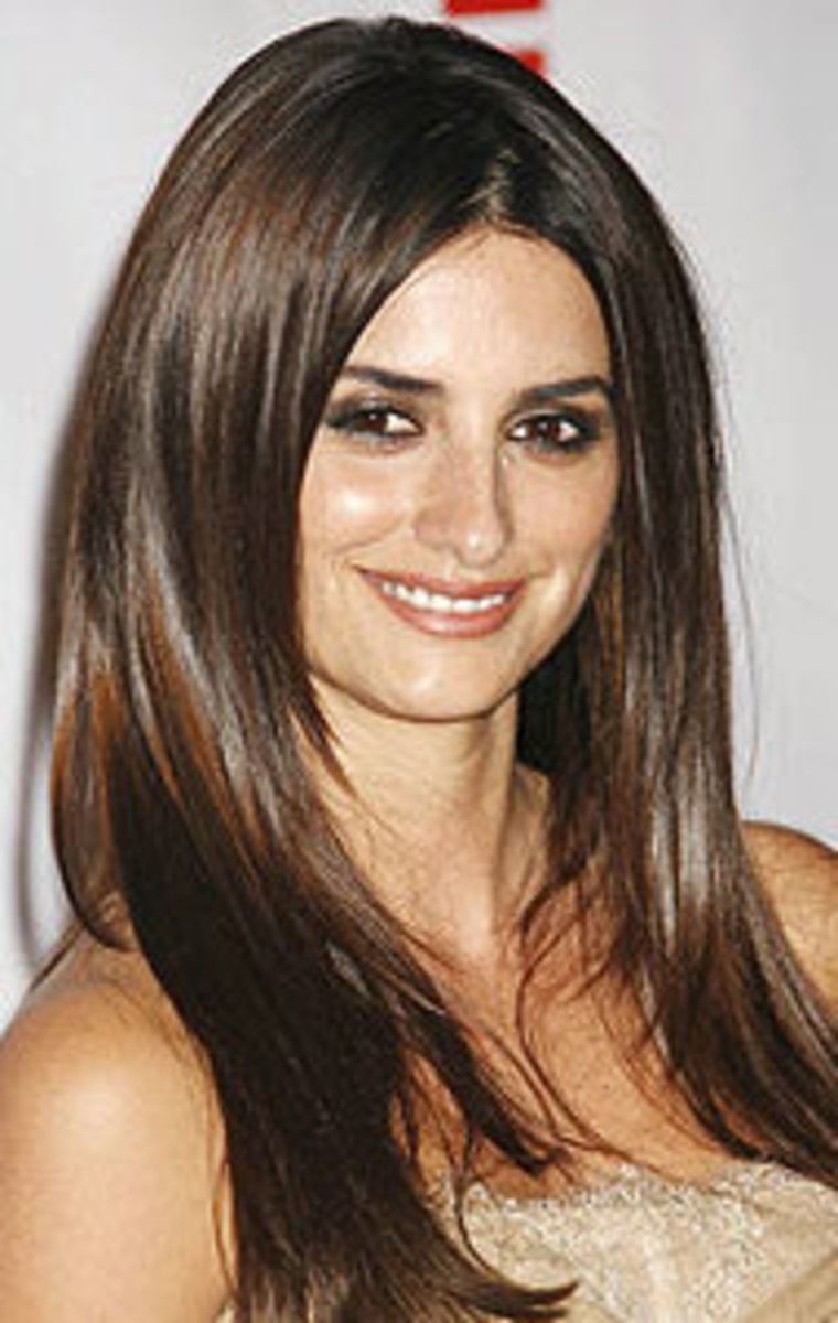 tricks-penelope-cruz-0409