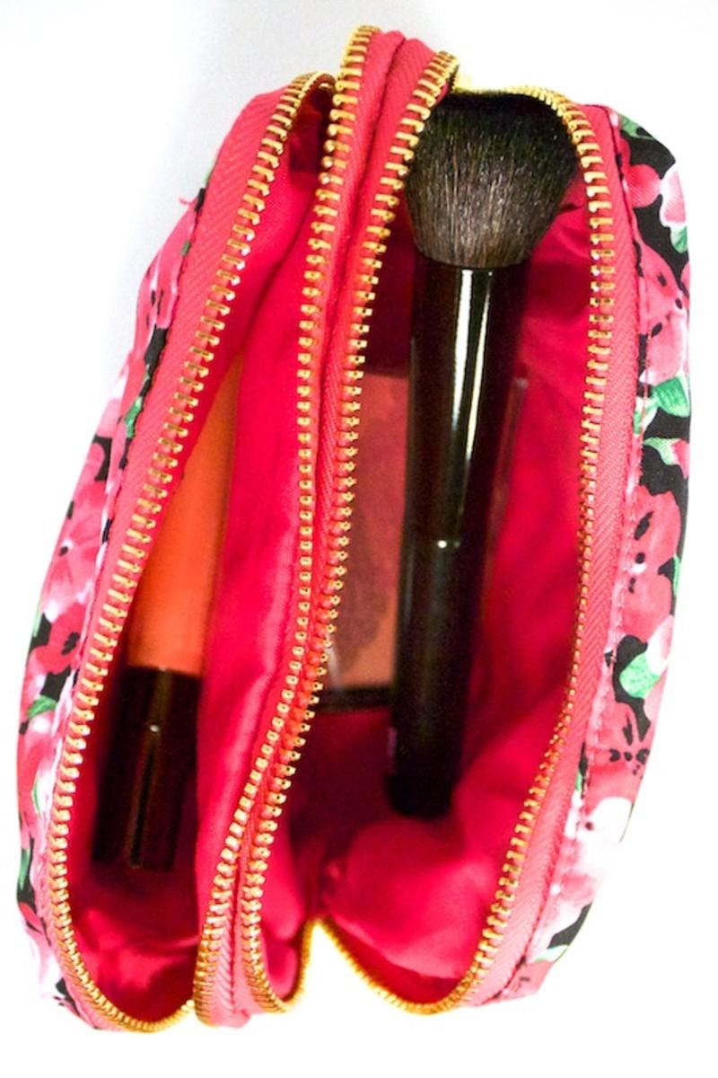 Mark Flora Fab Makeup Case (with makeup)