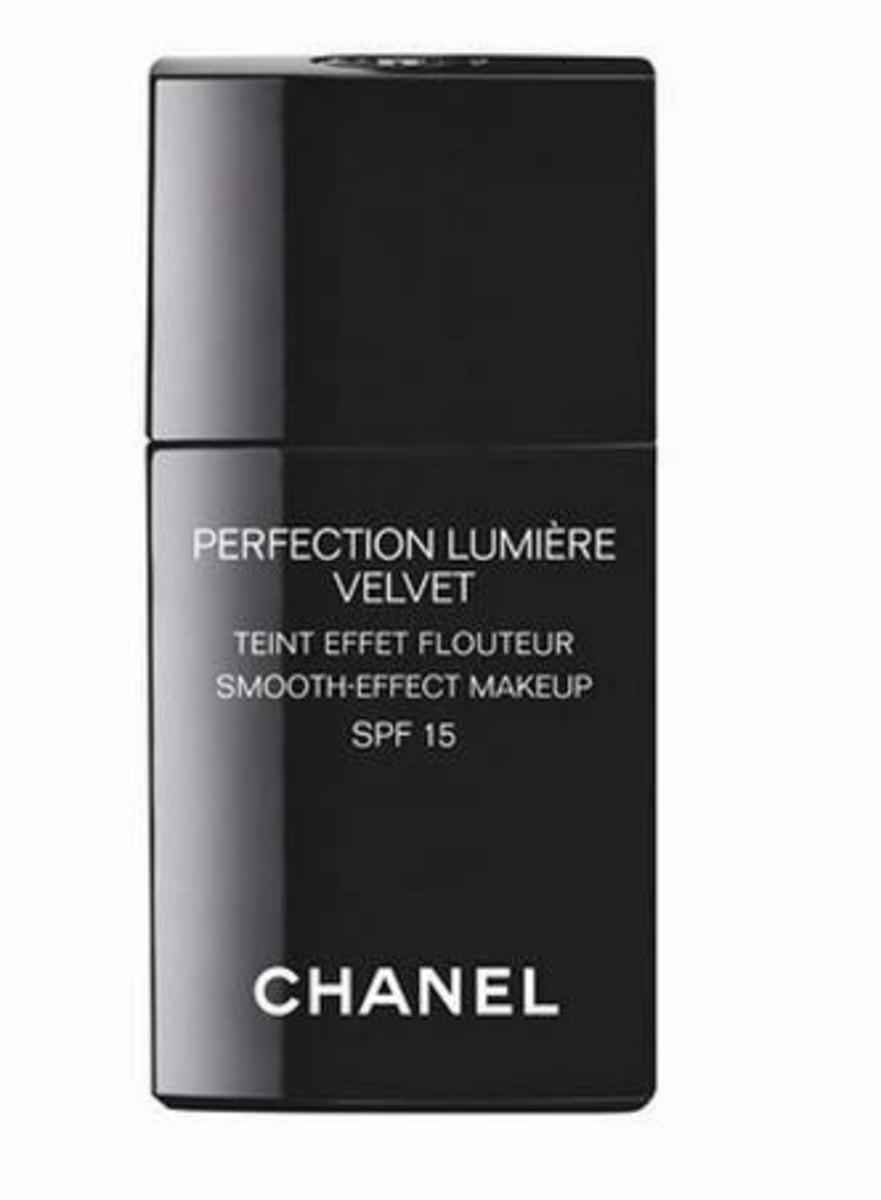 Chanel Perfection Lumiere Velvet SPF 15