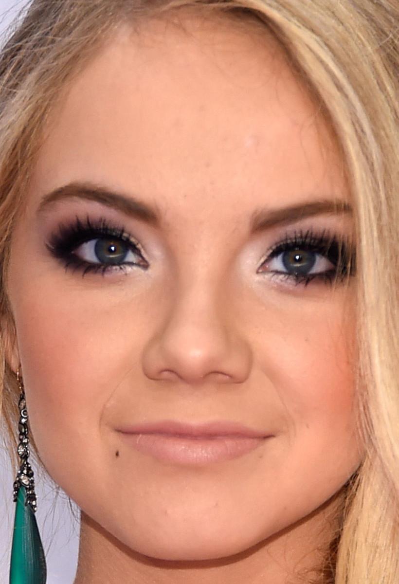 Danielle Bradbery, CMA Awards 2014