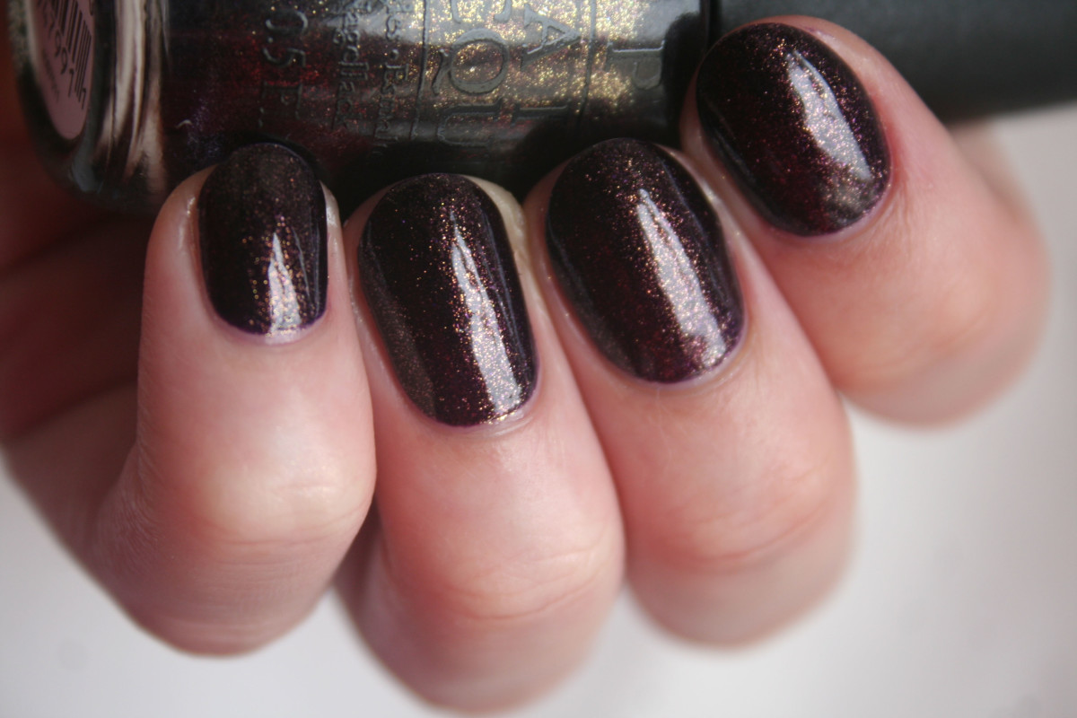 OPI Holiday 2014 - First Class Desires