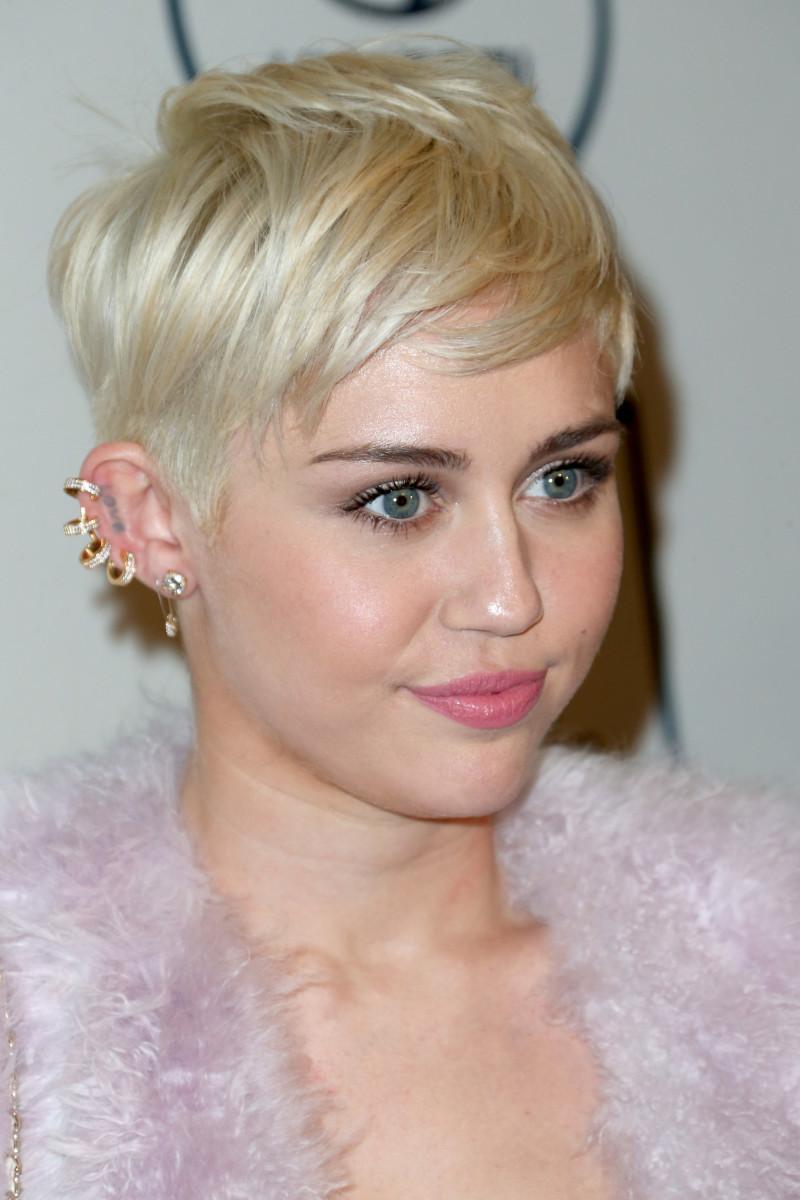 Miley Cyrus, Pre-Grammy gala, 2014