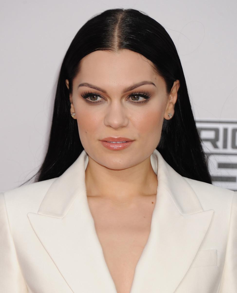 Jessie J, American Music Awards 2014