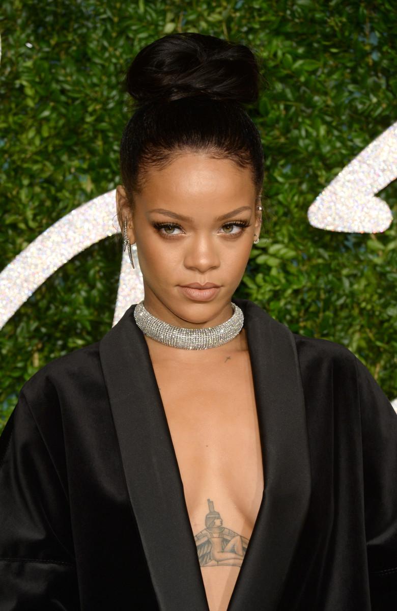 Rihanna, British Fashion Awards 2014
