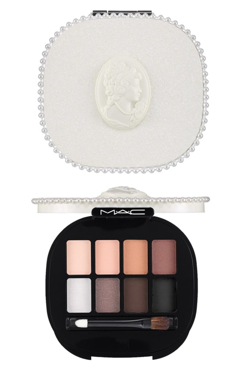 MAC Keepsakes Smoky Eyes Eyeshadow Palette