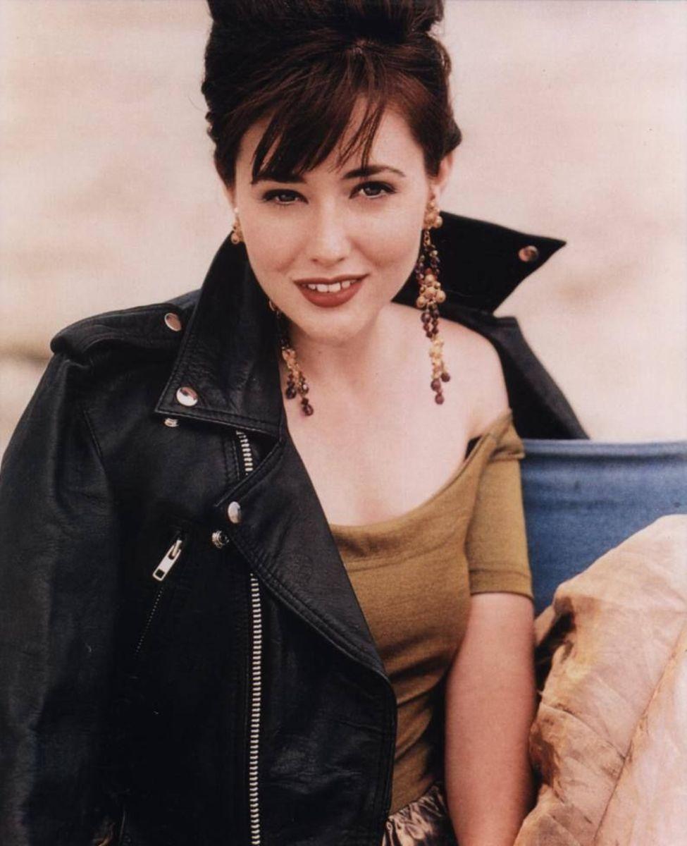 Shannen Doherty 90s lipstick