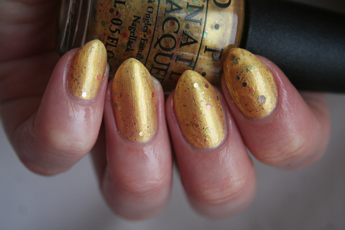 OPI Hawaii - Pineapples Have Peelings Too
