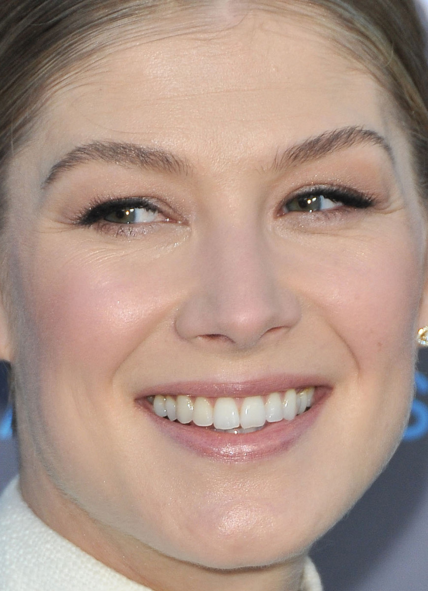 Rosamund Pike, Critics' Choice Awards 2015