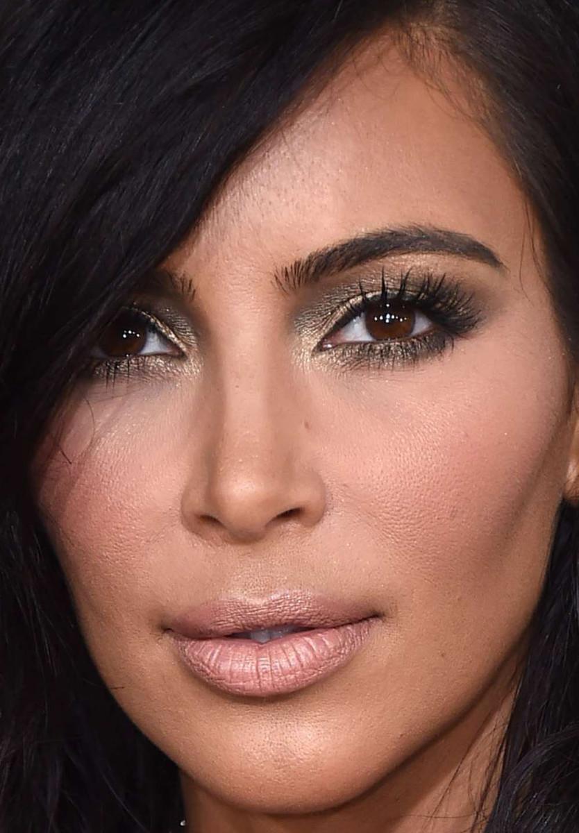 Kim Kardashian, Grammy Awards 2015