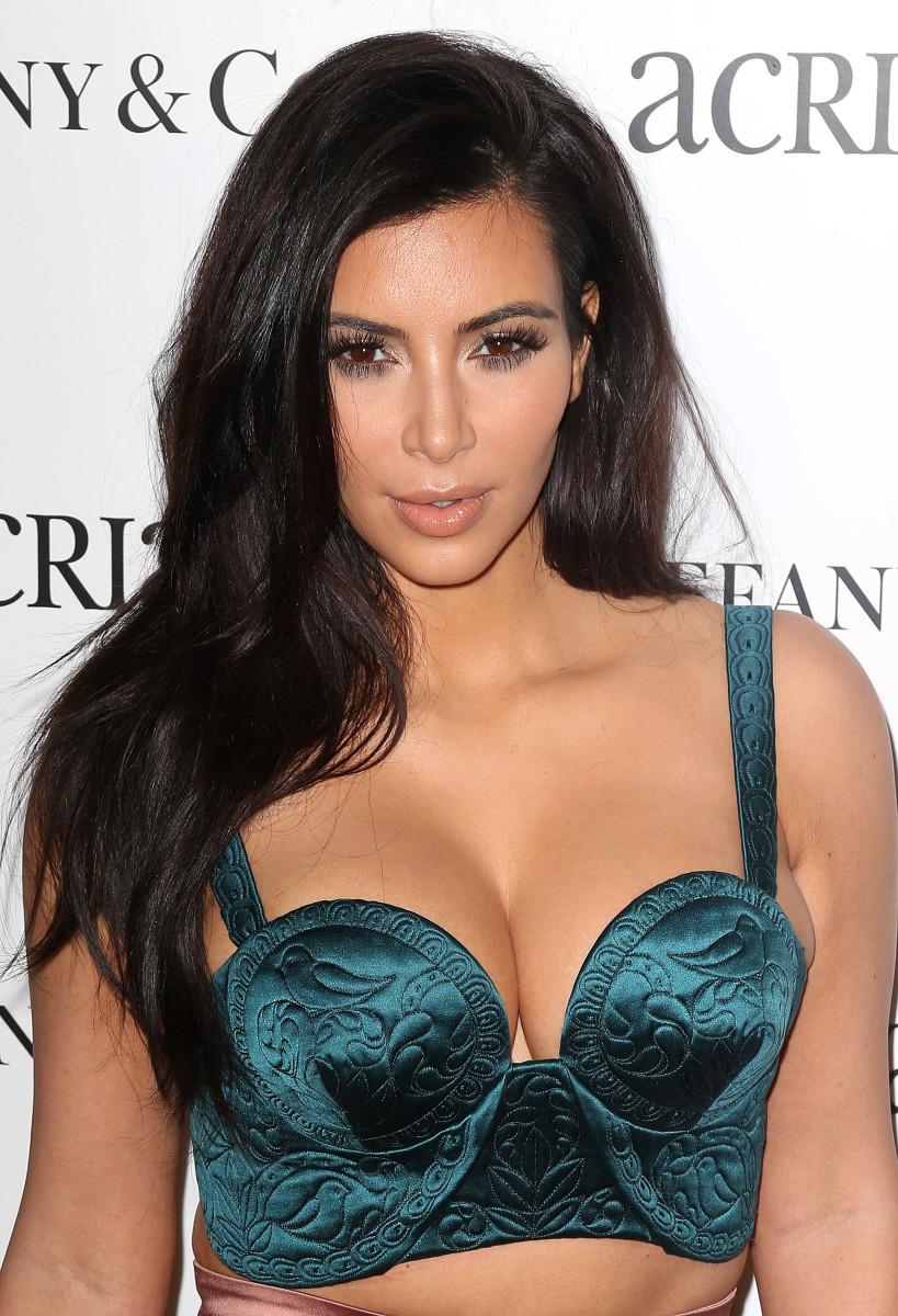 Kim Kardashian, ACRIA holiday benefit 2014
