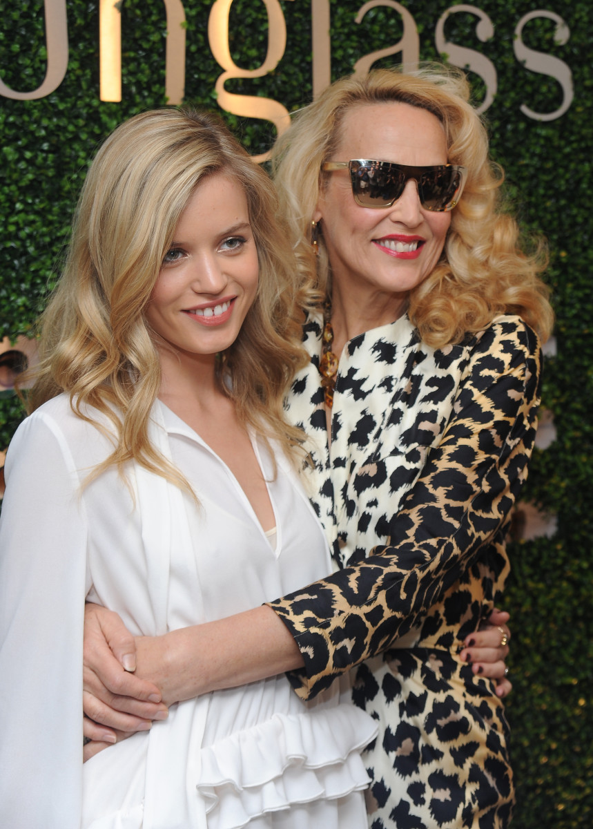 Georgia May Jagger and Jerry Hall, Sunglass Hut store, 2013
