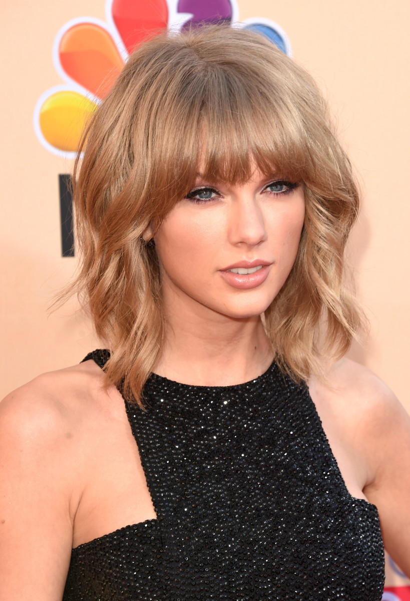 Taylor Swift, iHeartRadio Music Awards 2015