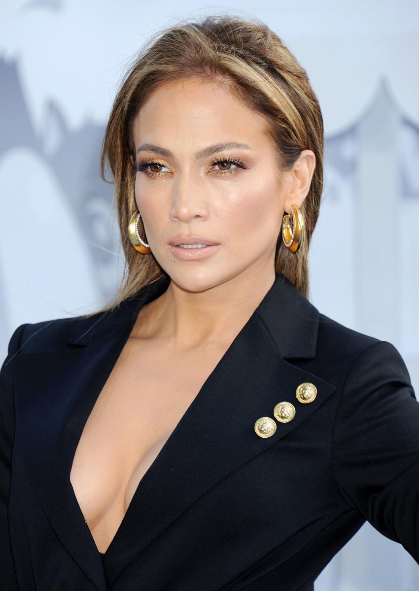 Jennifer Lopez, MTV Movie Awards 2015