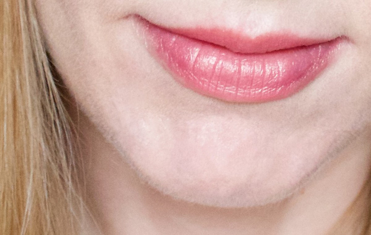 The Body Shop Lip and Cheek Velvet Stick in 30 Bronze