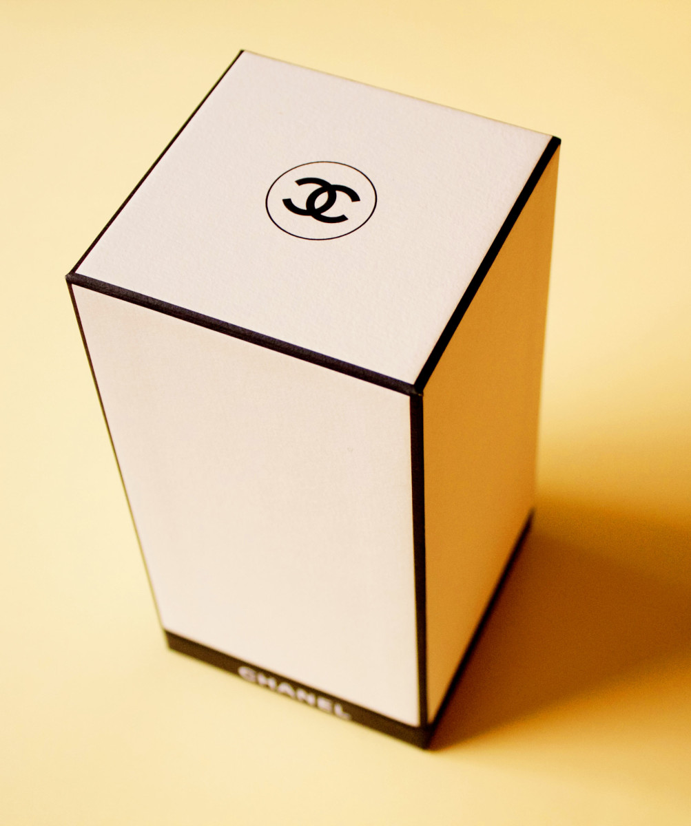 Chanel Misia packaging