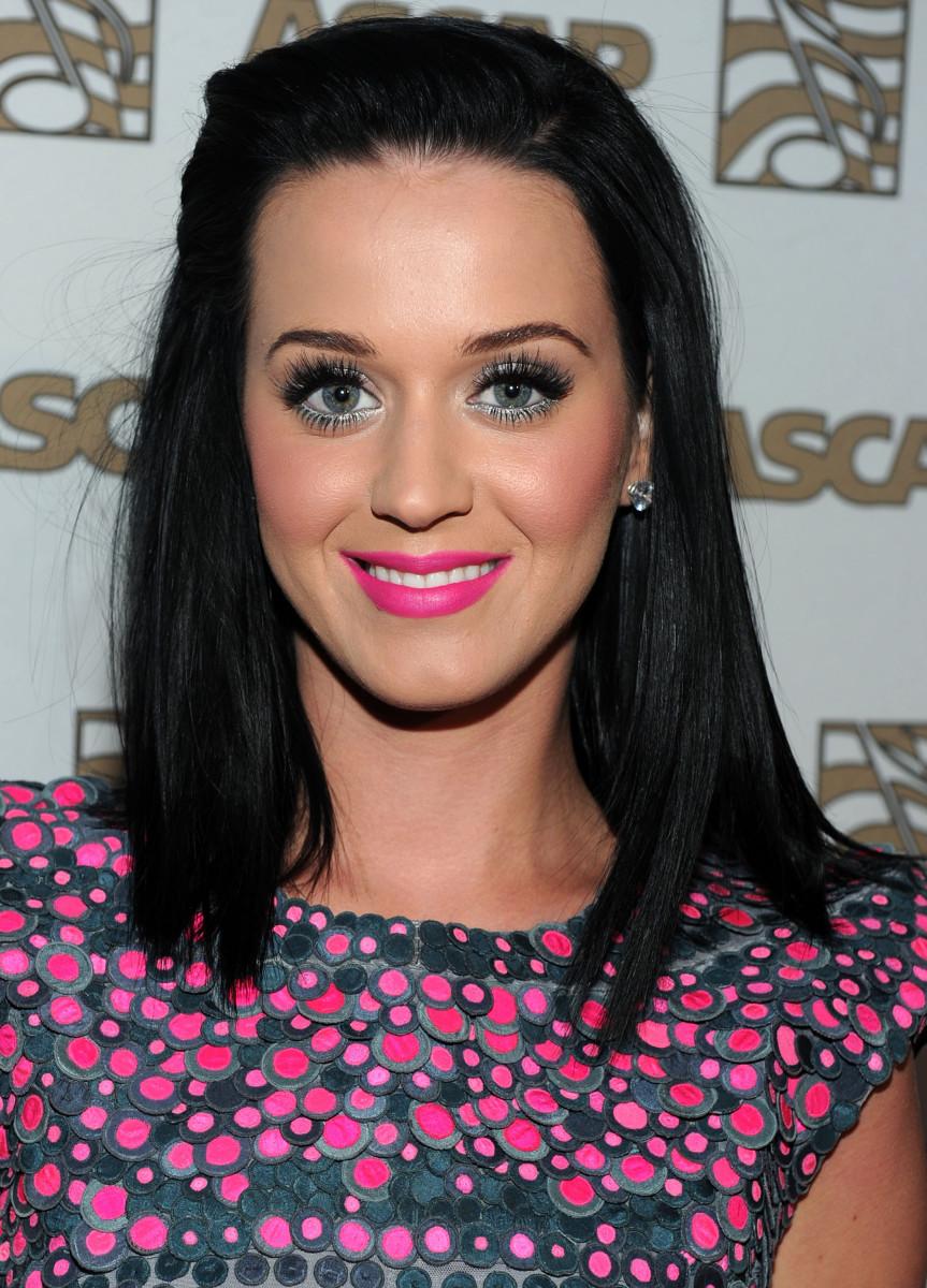 Katy Perry medium straight hair