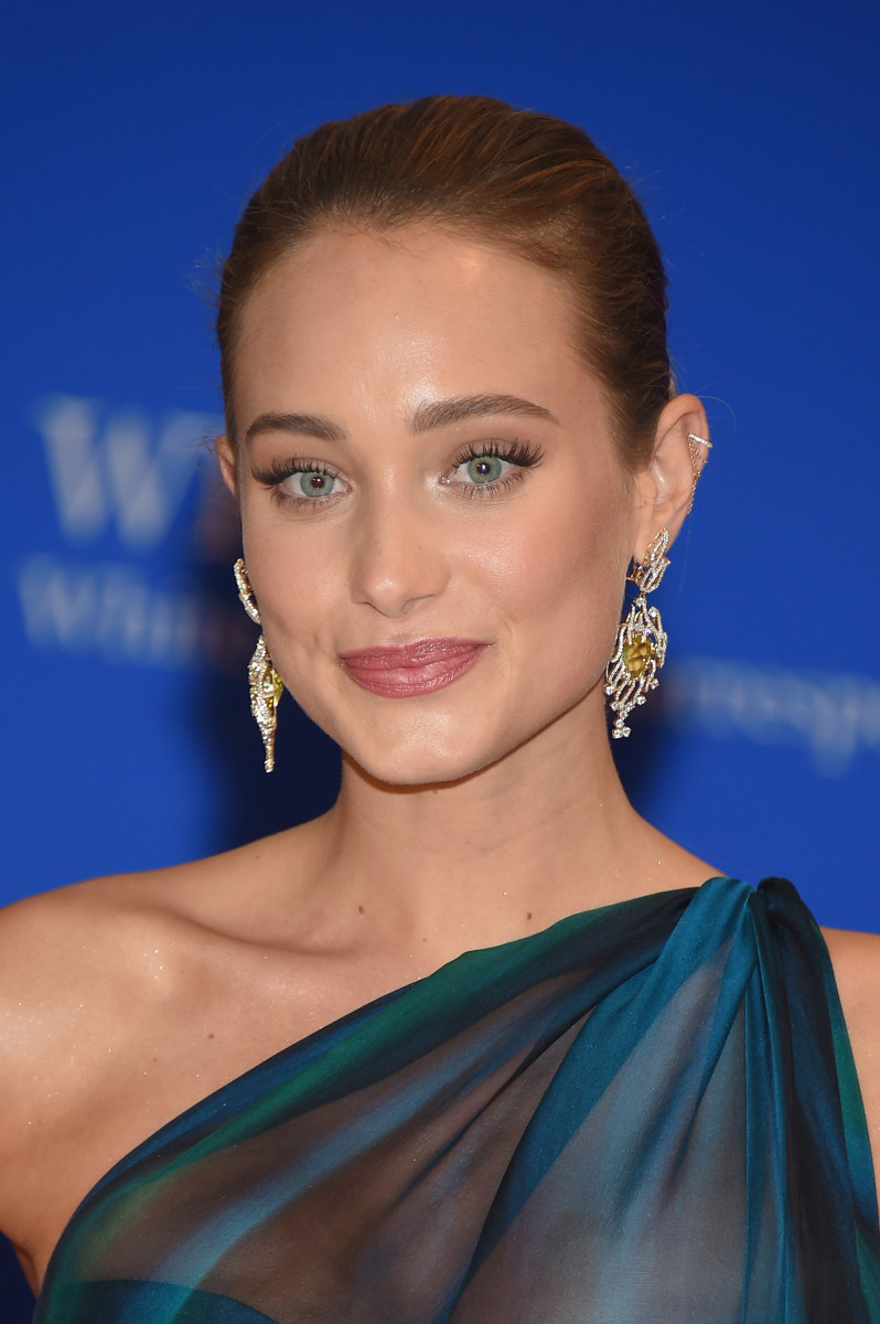 Hannah Davis, White House Correspondents Association Dinner 2015