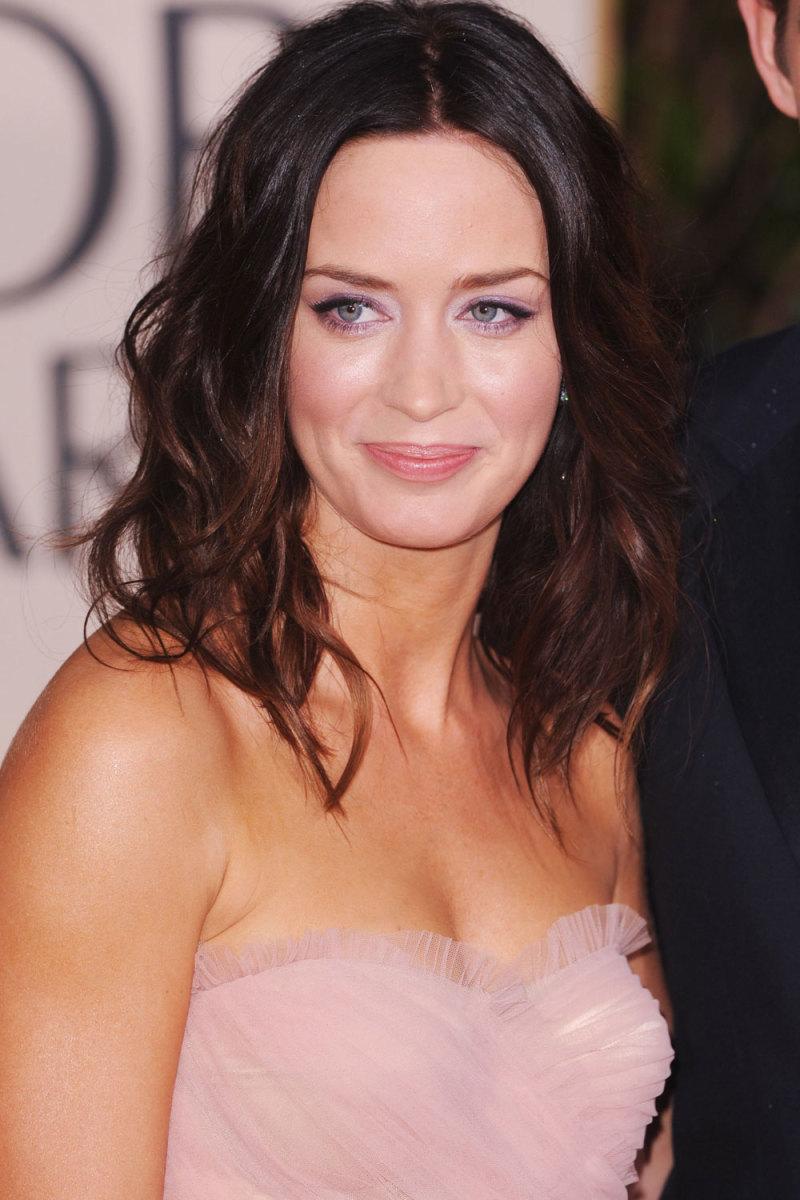 Face lighter than body - Emily Blunt