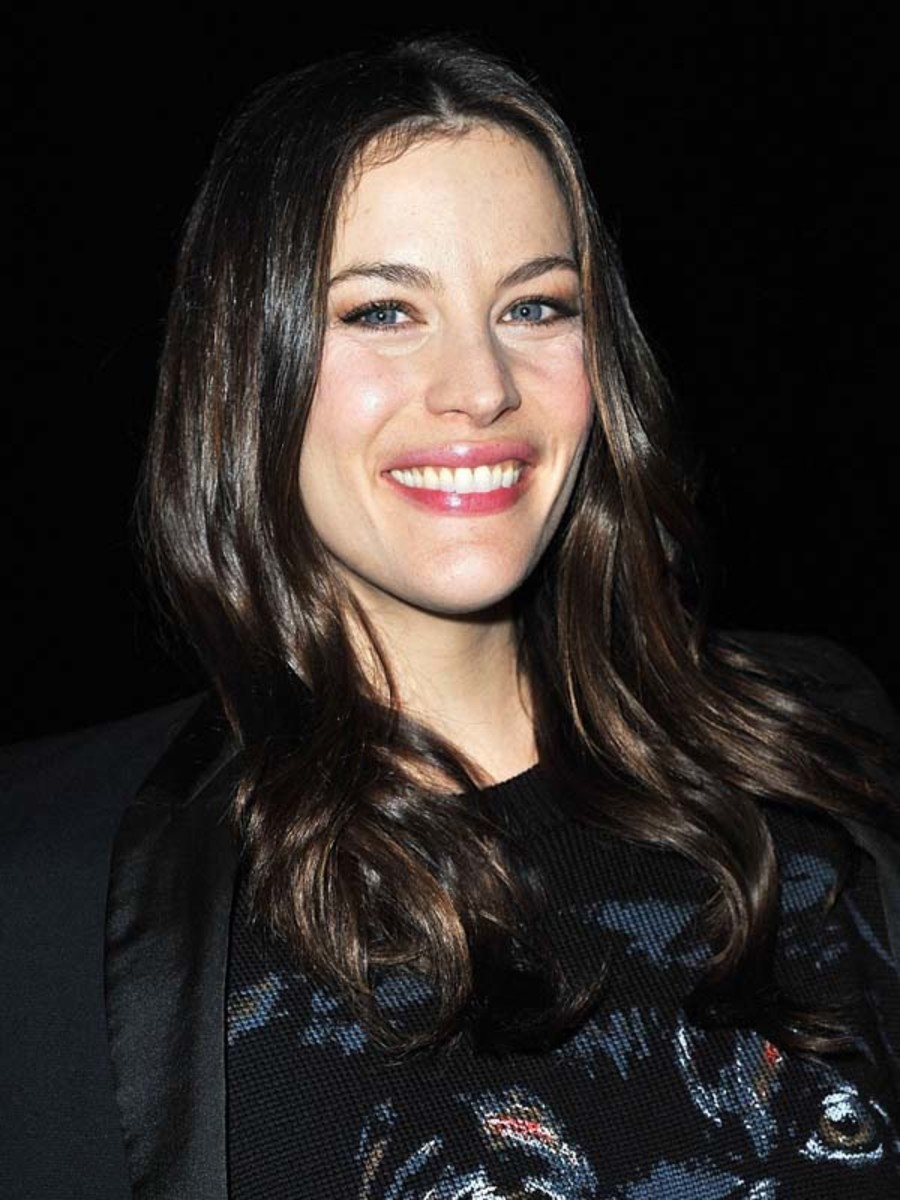 PFW-F11-Liv-Tyler-Givenchy