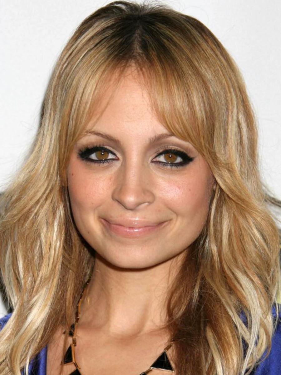 Nicole Richie square face bangs