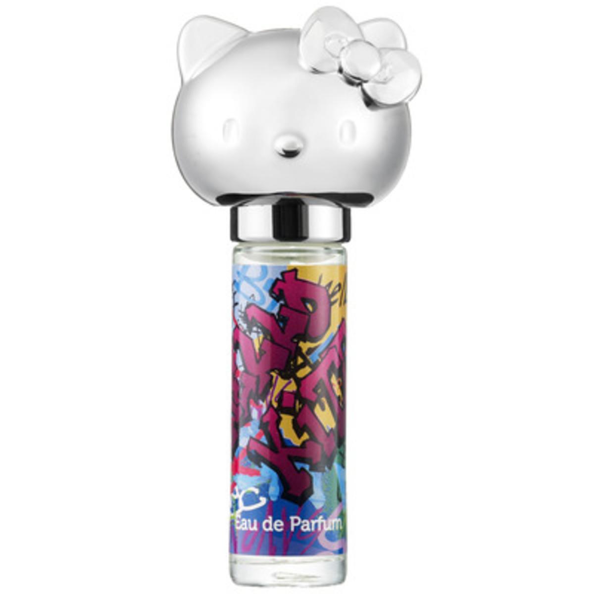Hello-Kitty-Graffiti-Rollergirl