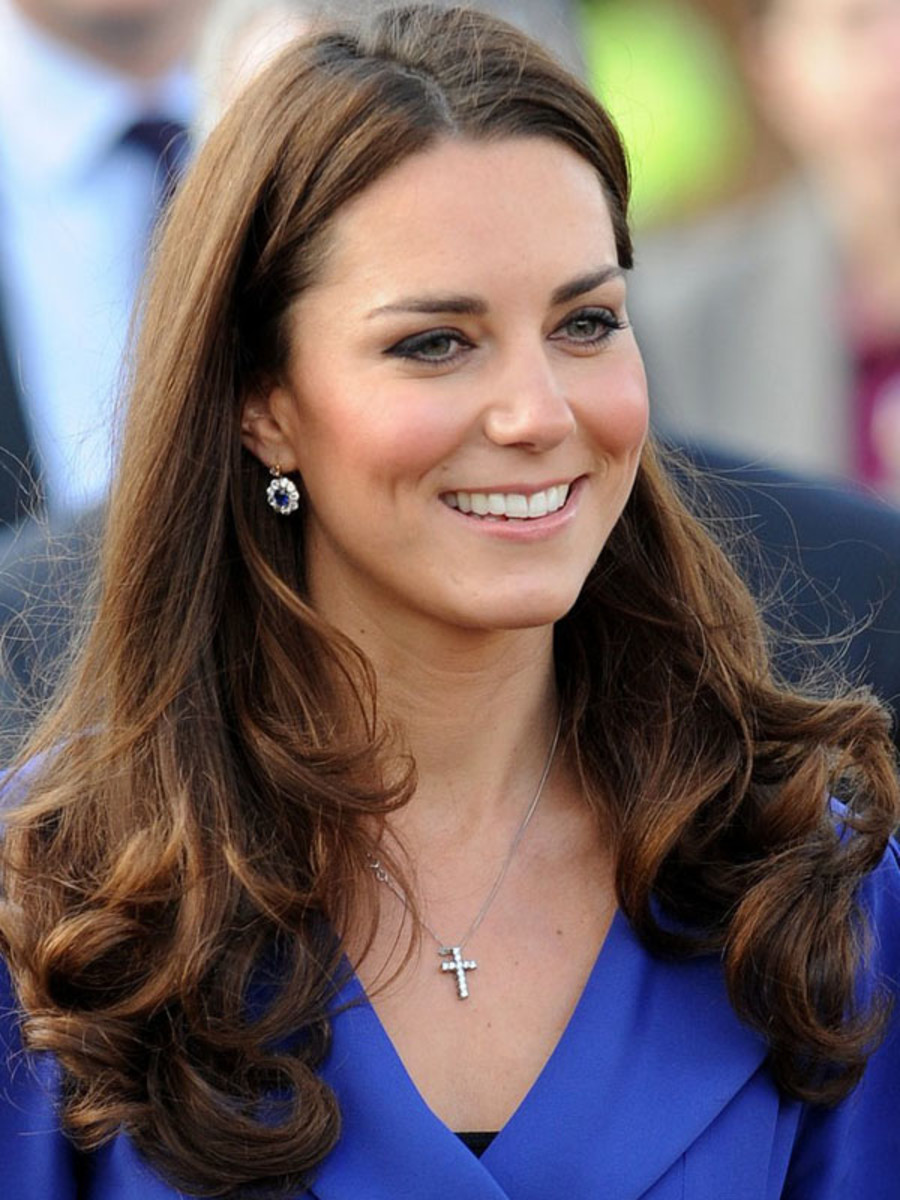Kate Middleton, medium brown hair (2)