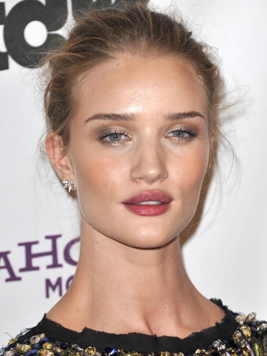 Rosie-Huntington-Whiteley-Hollywood-Film-Awards-2011