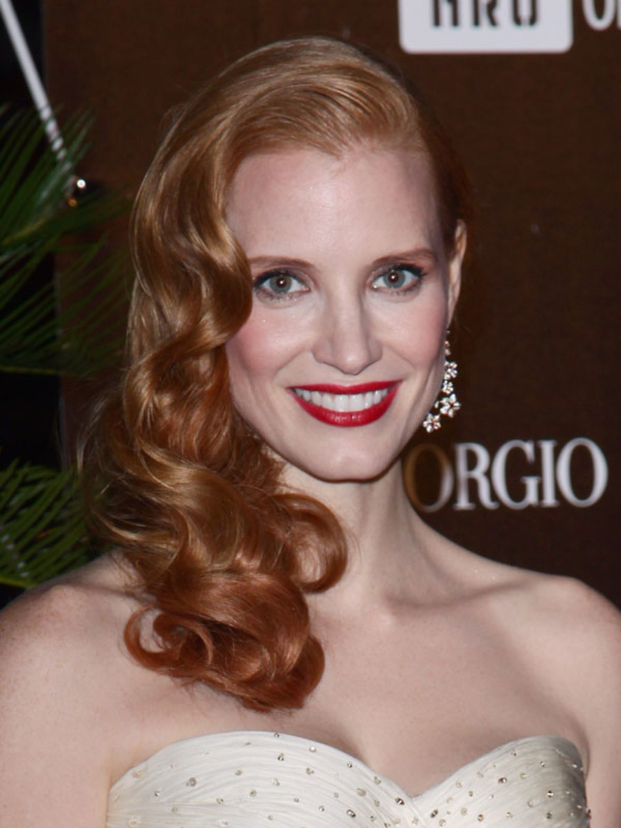 Jessica-Chastain-Haiti-carnival-Cannes-2012