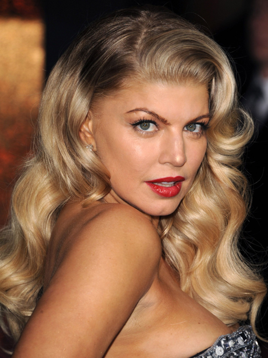 Fergie-New-Years-Eve-premiere-2011