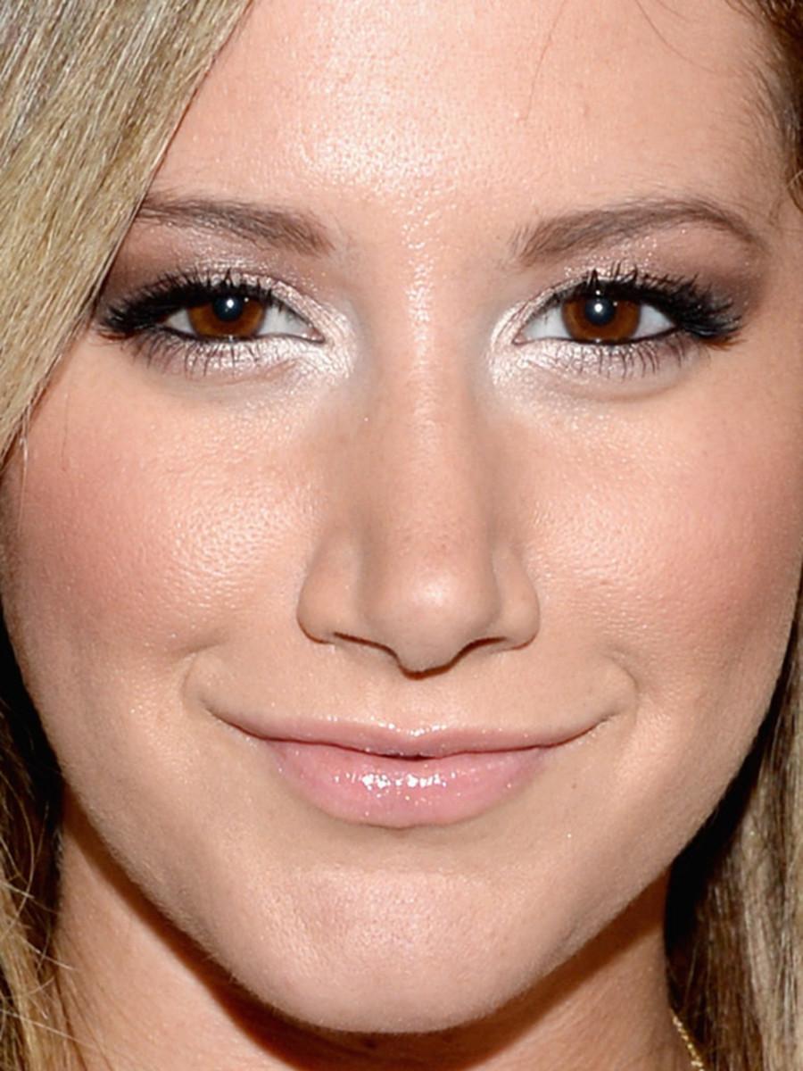 Ashley Tisdale - MySpace launch event, June 2013 - close-up