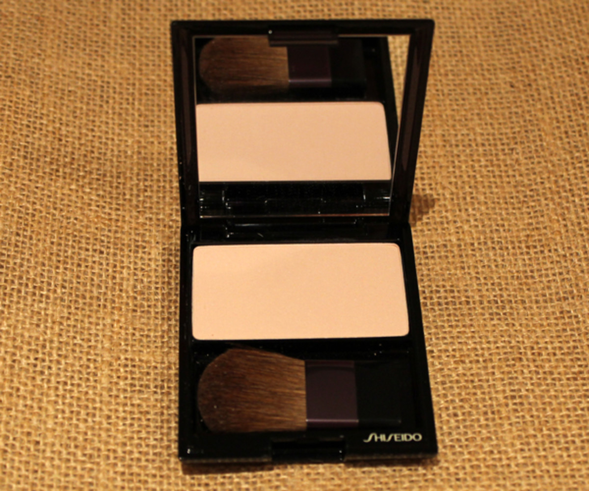 Shiseido Luminizing Satin Face Color in PK 107