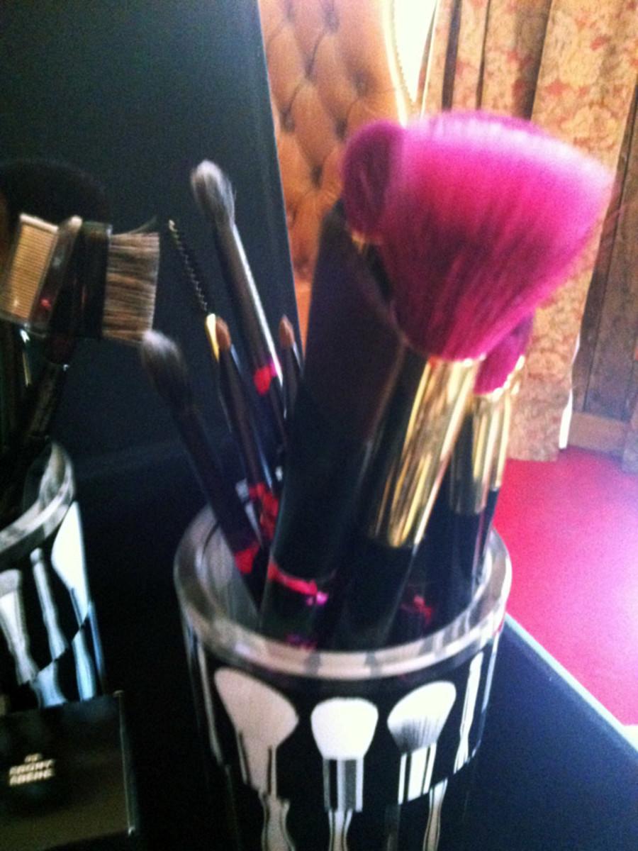 Sonia Kashuk in Toronto - makeup brushes