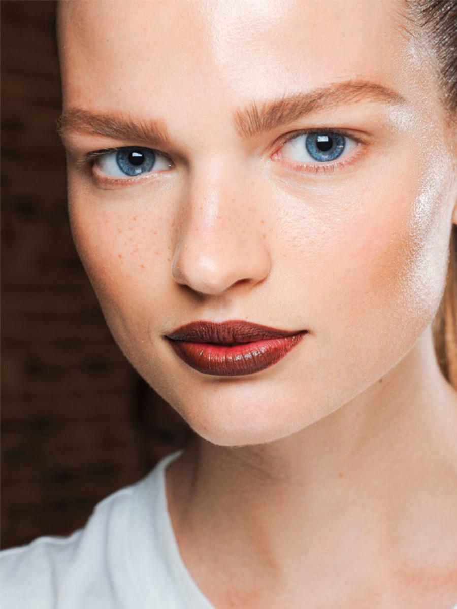 Donna Karan - Spring 2012 makeup