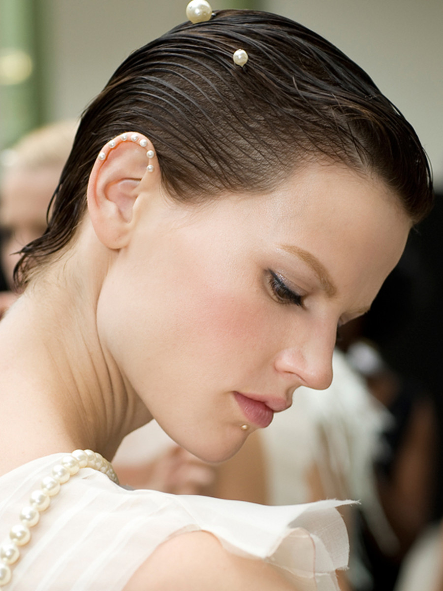 Chanel-Spring-2012-beauty-3