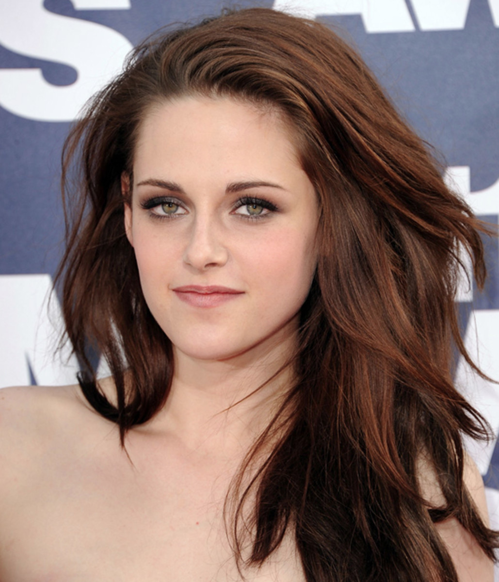 MTV-Movie-Awards-2011-Kristen-Stewart