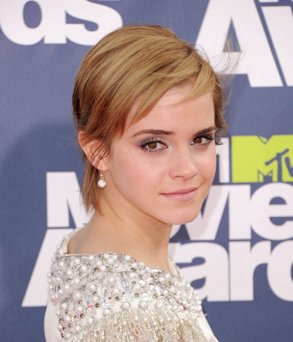 MTV-Movie-Awards-2011-Emma-Watson