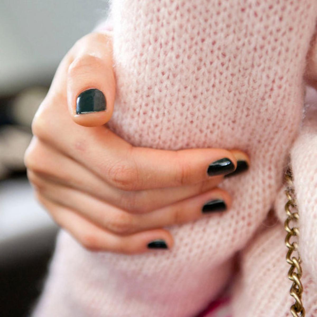 Rachel Roy - Fall 2012 nails