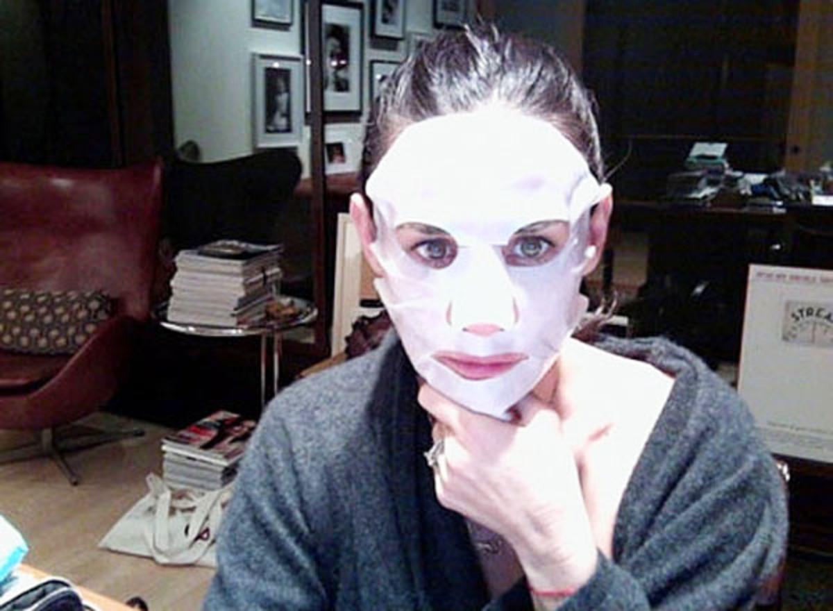 Demi Moore sheet mask