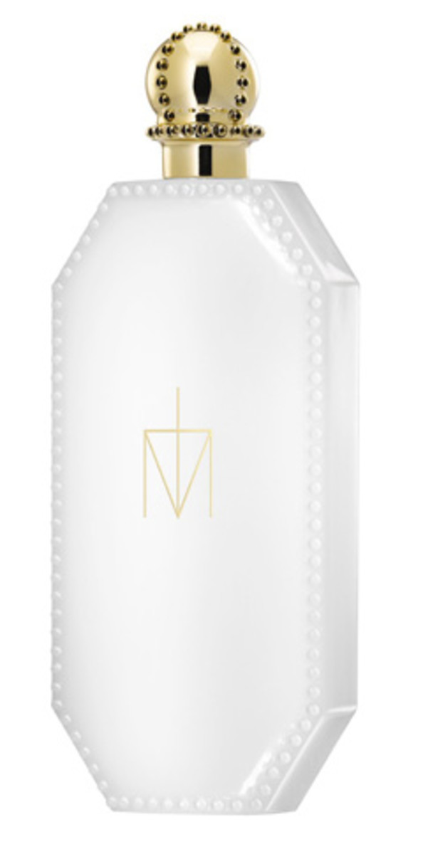Truth-or-Dare-by-Madonna-bottle-shot