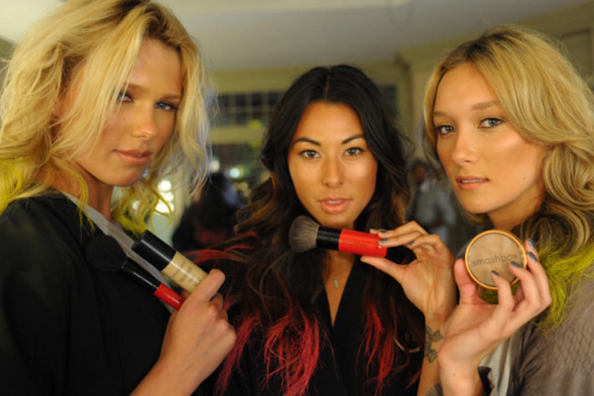 models-backstage-with-makeup