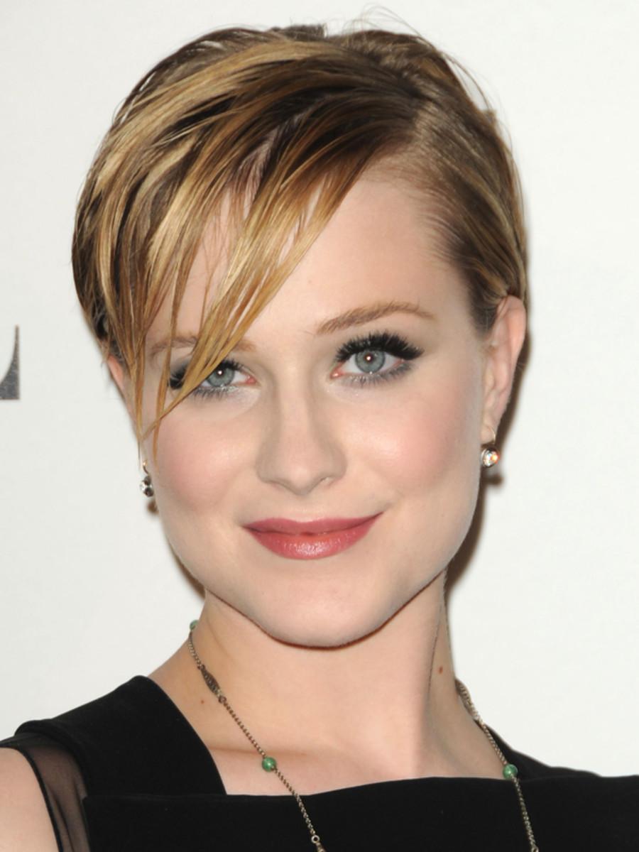 Evan-Rachel-Wood-ELLE-Women-in-Hollywood-Tribute-2011