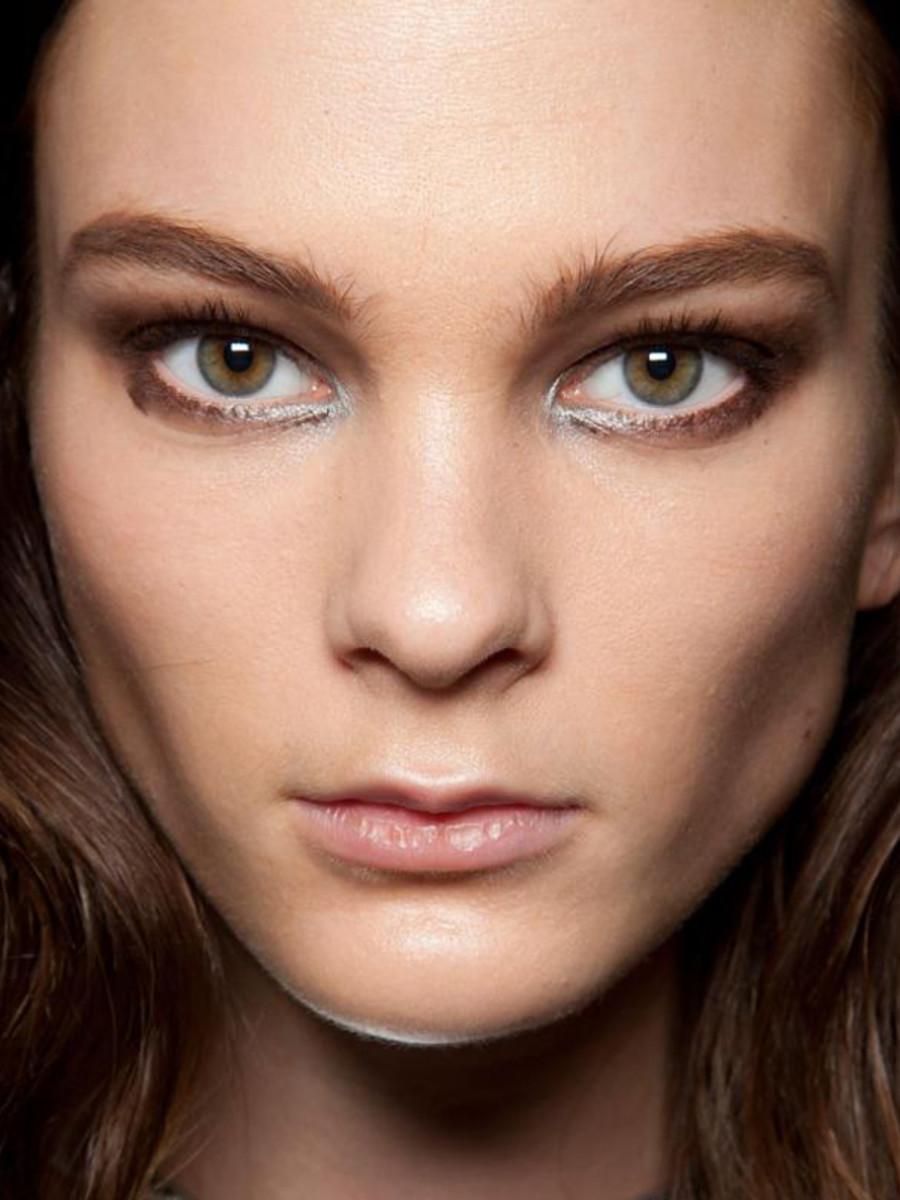 Cushnie-et-Ochs-FW12-makeup