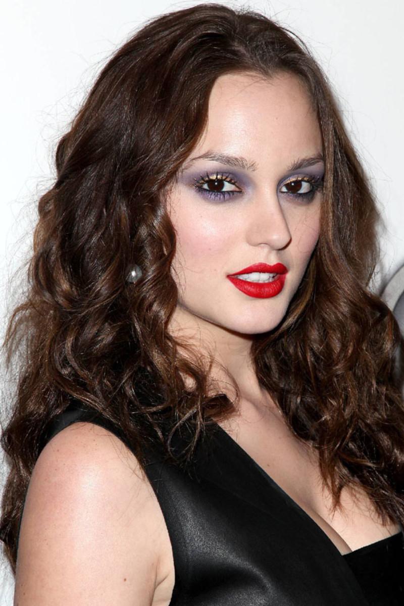 Dark makeup for brown eyes
