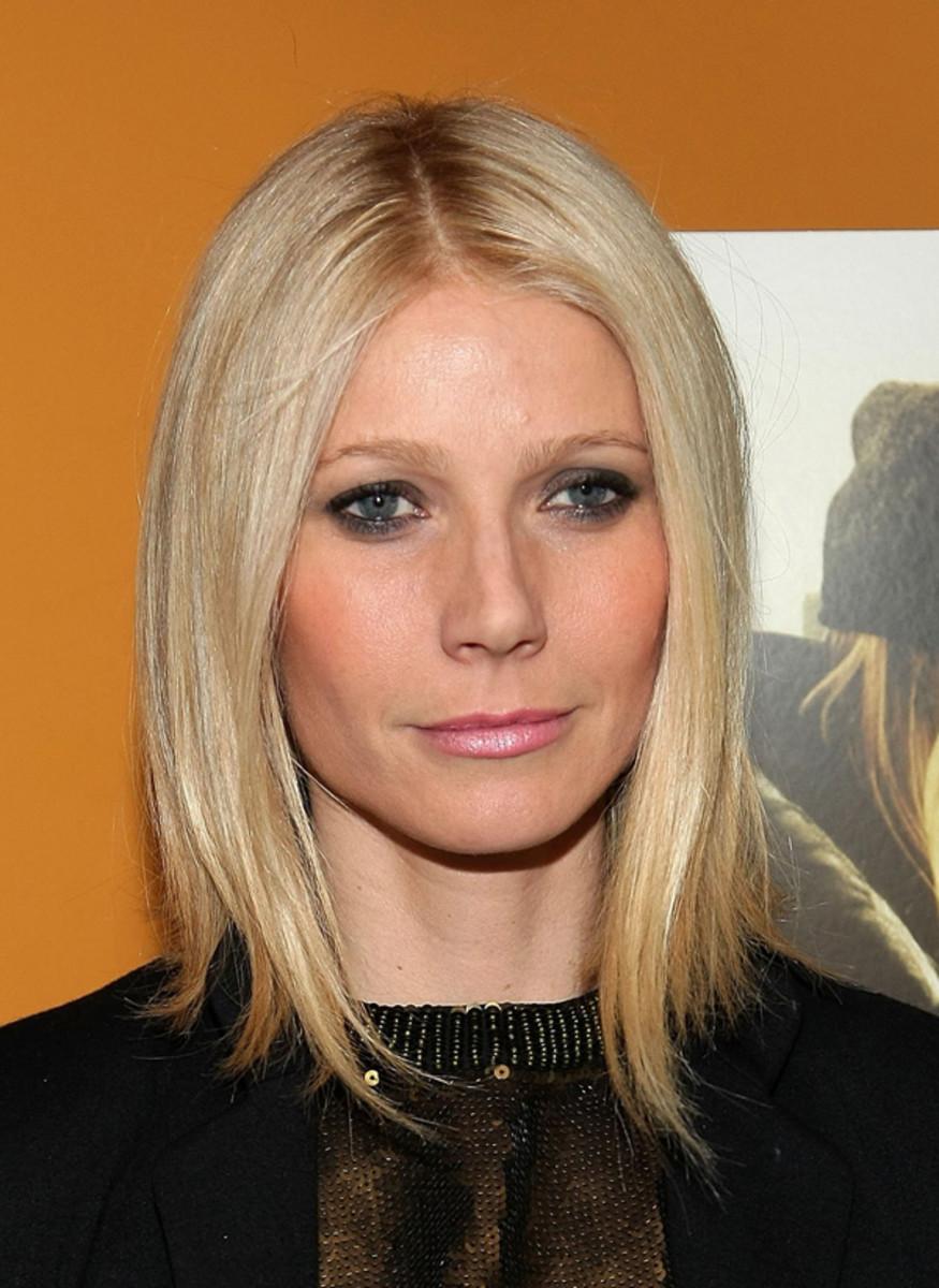 Gwyneth-Paltrow-Two-Lovers-Feb-2010
