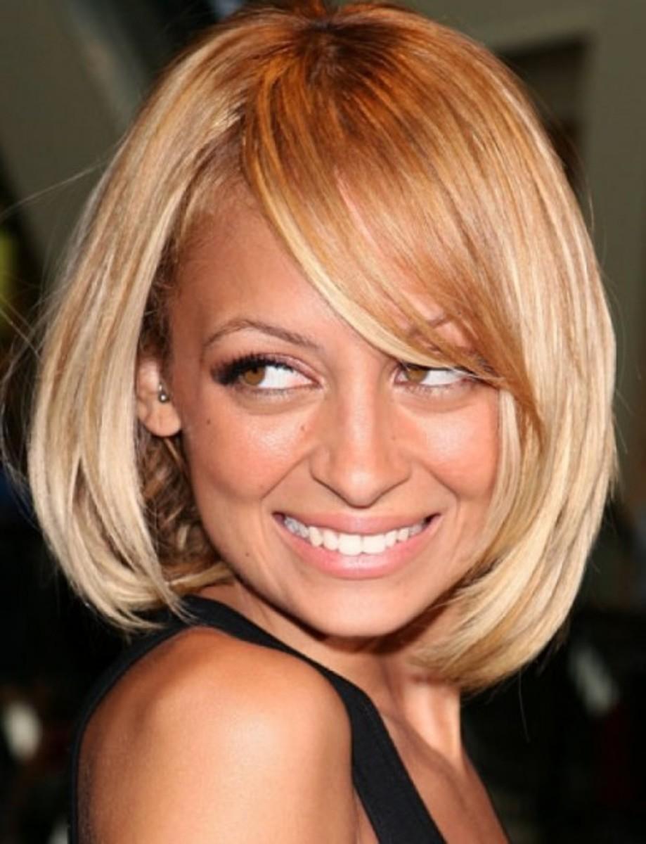 Nicole Richie blonde bob