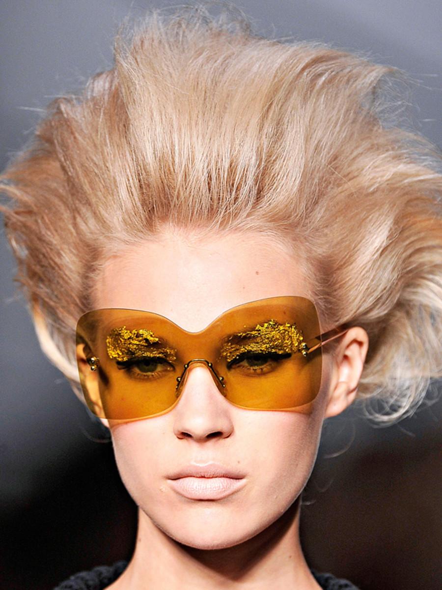 Fendi - Spring 2012 hair