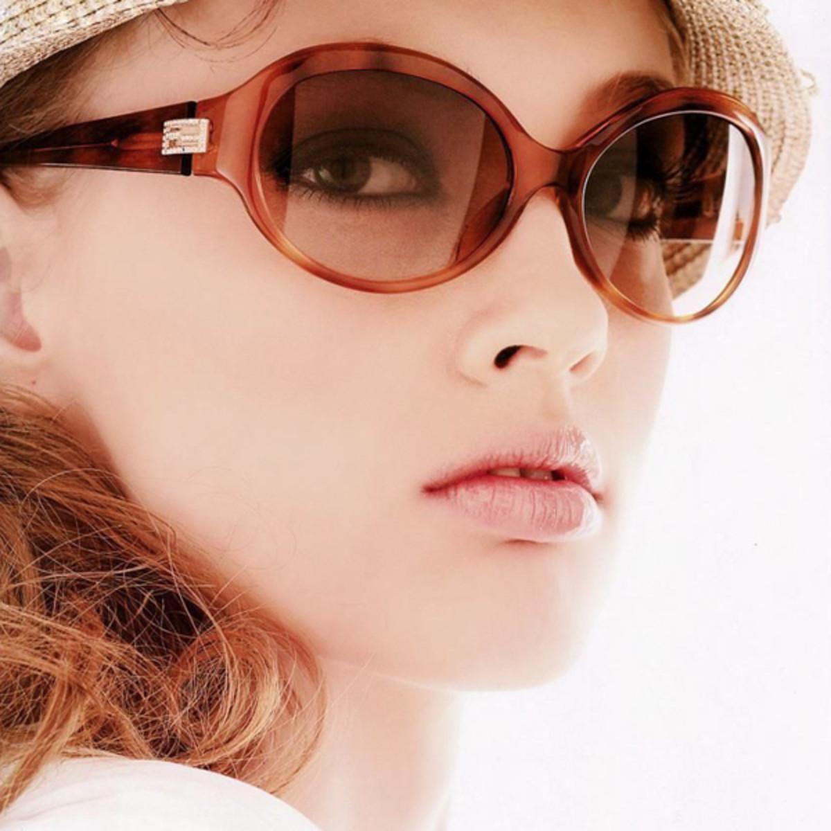 sunglasses-girl
