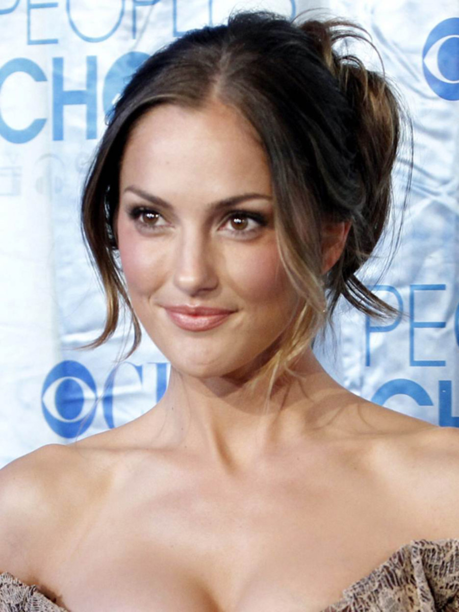 Minka-Kelly-Peoples-Choice-Awards-Jan-2011
